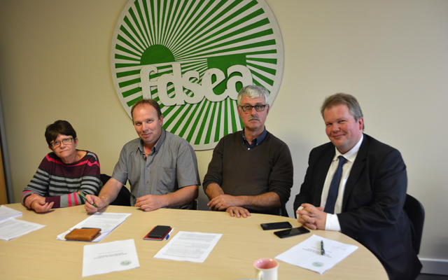 rencontre-optimiste-entre-la-fdsea-et-le-depute-de-la-creuse_big_heading_news
